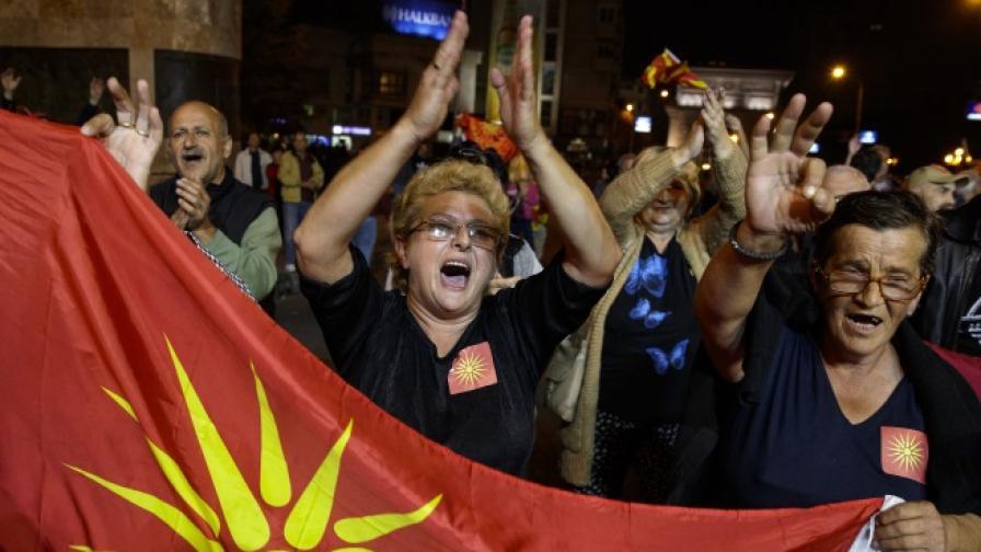 НАТО: 100% сигурно Македония се присъединява