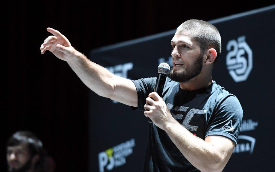 Бащата на Нурмагомедов: Аз ще го накажа по-лошо от UFC