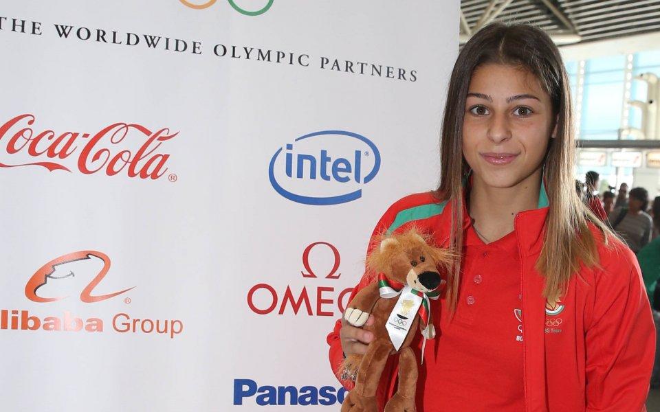 Александра Начева ще е знаменосец на откриването в Буенос Айрес