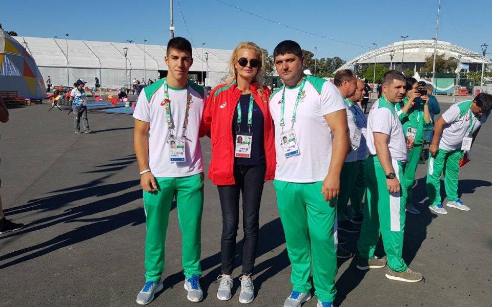 Стефка Костадинова окуражи младите български олимпийци в Буенос Айрес