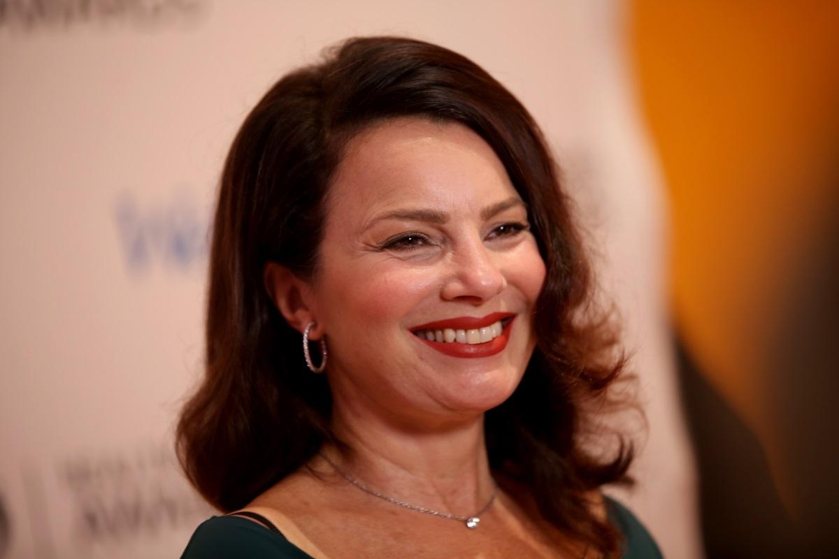 """Почти 20 години след последния епизод на култовия сериал от 90-те """"Гувернантката"""" - главната героиня е готова за продължение. Днес Фран Дрешър е на 61 г. и въпреки че доста се е променила от участието си в сериала, нейната голяма усмивка си е все същата. В телевизионно шоу в сряда актрисата сподели, че е готова за продължение на ситкома."""