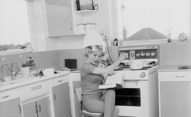 Как изглеждаха кухните преди повече от 50 години (СНИМКИ)