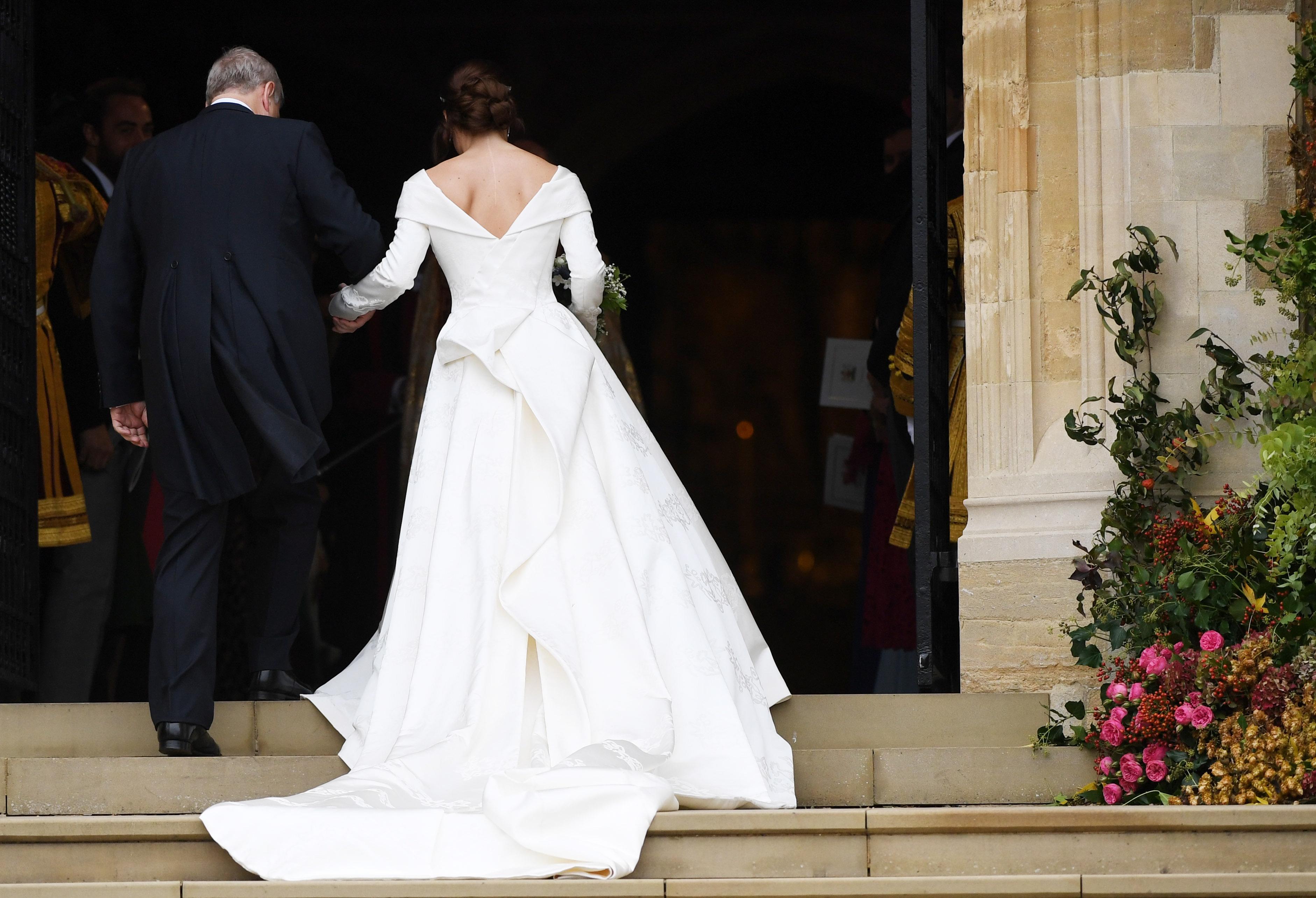 Внучката на кралица Елизабет II принцеса Юджини се омъжва за Джак Бруксбанк