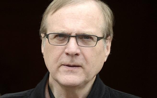 Пол Алън (1953-2018) е съосновател на Microsoft заедно с Бил Гейтс, с когото са приятели от деца. Алън е човекът, който измисля името на софтуерния гигант, като е член на борда на компанията до 2000 г.