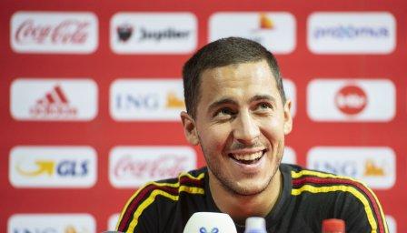 Феновете на Челси убедени: Азар преподписа с клуба