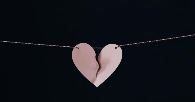 Tерапевтите твърдят, че да загубиш някого, когото обичаш, много наподобява
