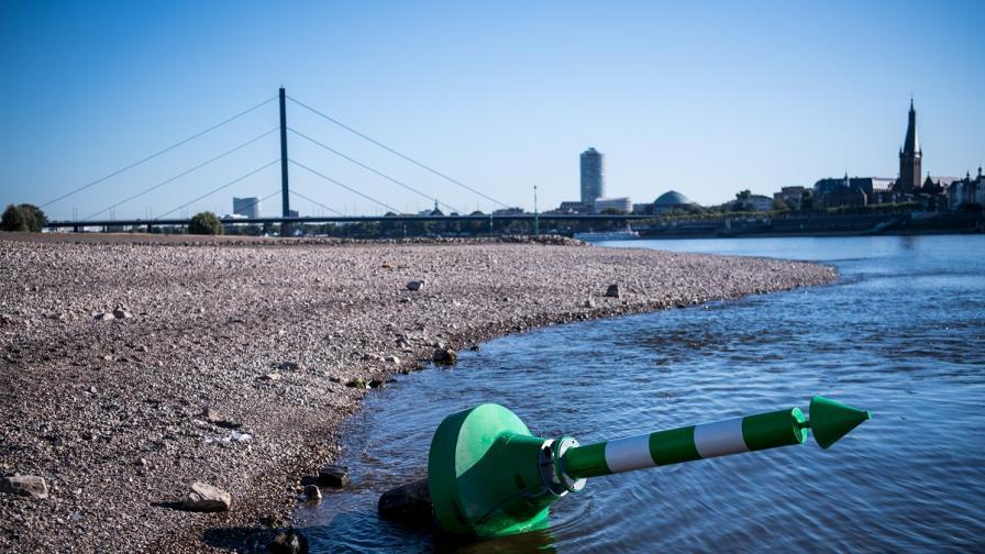 <p>Суша в Германия: Рейн достигна най-ниските си нива&nbsp;</p>