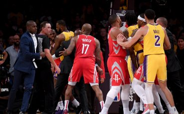 Трима наказани след здравия бой в НБА