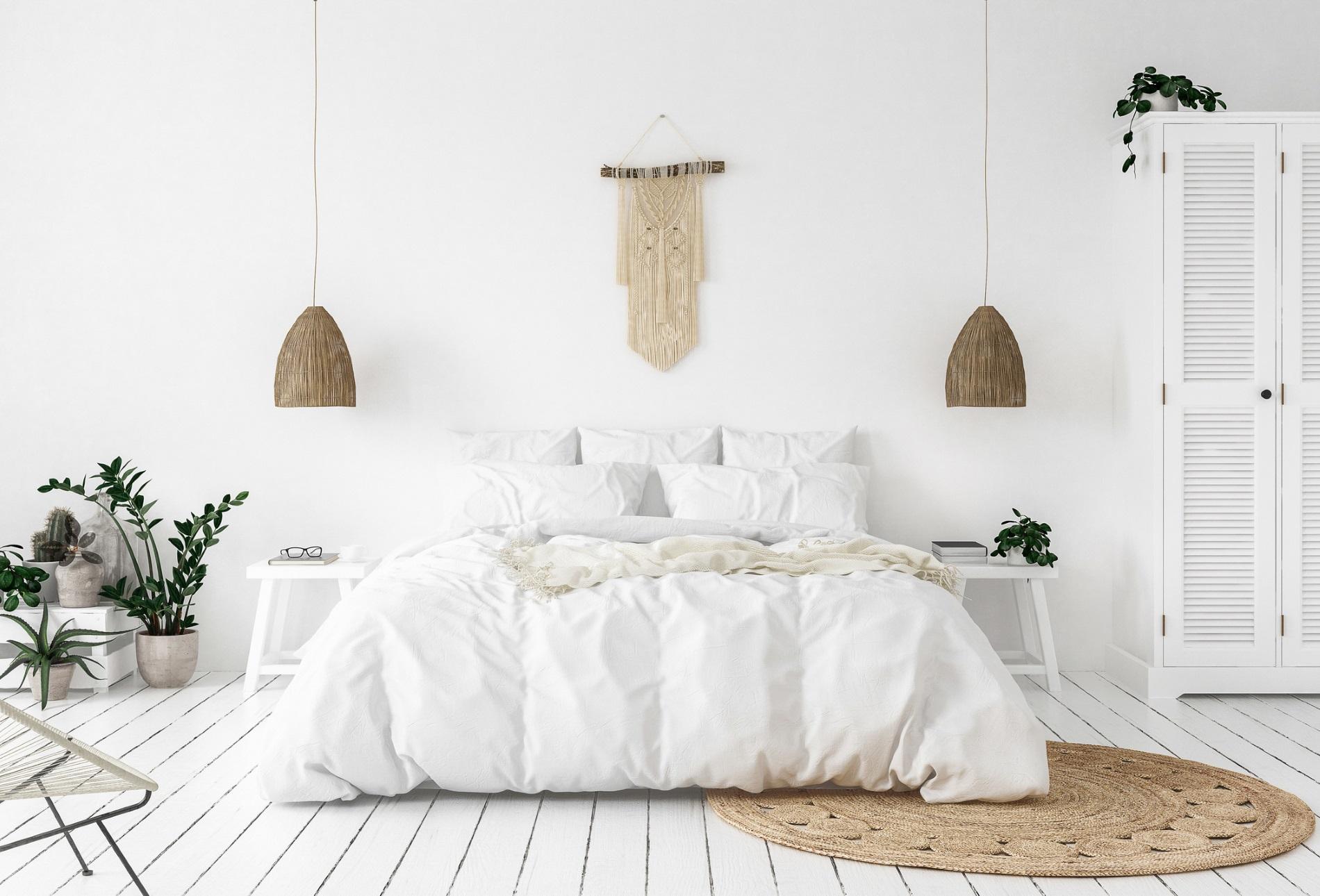 Рядко сменяте спалното бельо.<br /> Спалното бельо натрупва вируси, спори, бактерии и други патогени. Смяна на спално бельо е хубаво да бъде колкото е възможно по-често - поне веднъж седмично при топло време и 3 пъти месечно през студения сезон. Не се поддавайте на мързела. Добре е и да гладите спалното бельо.
