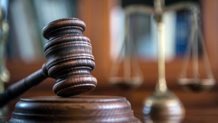 <p>Съдът запорира имущество на Миню Стайков</p>