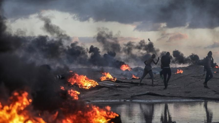 <p>&bdquo;Хамас&rdquo; обяви примирие, оставка в Израел</p>