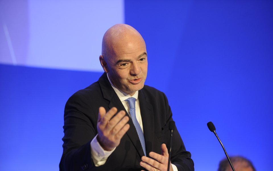 Блатер призова за свалянето на Инфантино от президентския пост на ФИФА