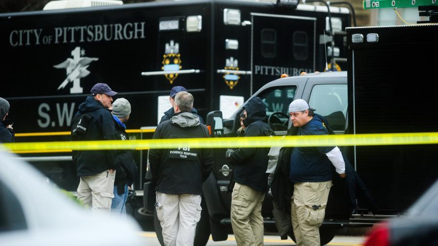 <p>Жертвите в Питсбърг &ndash; 11, стрелецът с 29 обвинения</p>