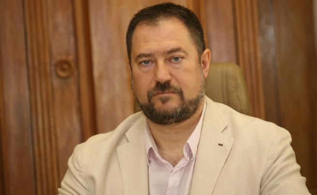 Петър Харалампиев вече не е председател на ДАБЧ