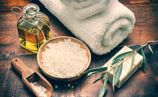 4 приложения на солта за красиви кожа и коса