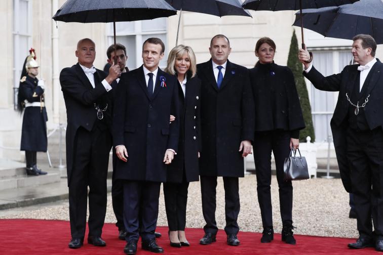 Париж чествания