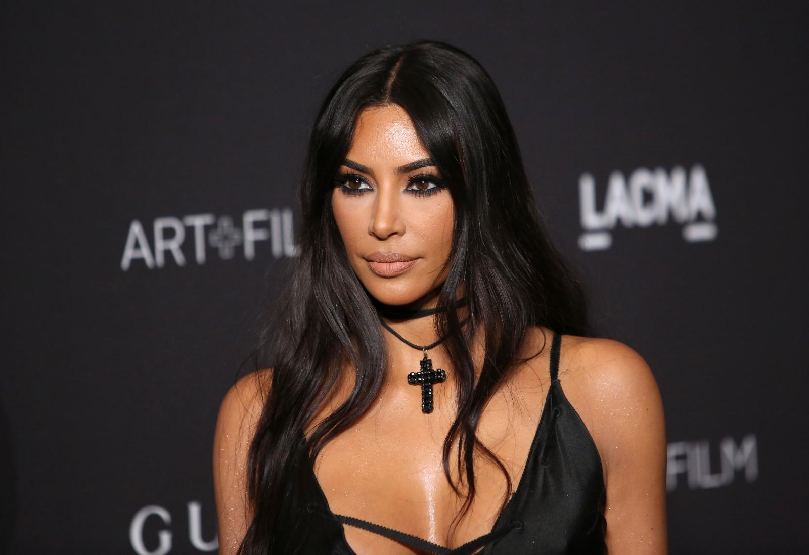 Ким Кардашиян е сред звездите, чийто дом е бил погълнат от огъня.