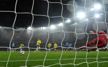 Зловещ момент на мач в Бразилия - гръм удари футболист