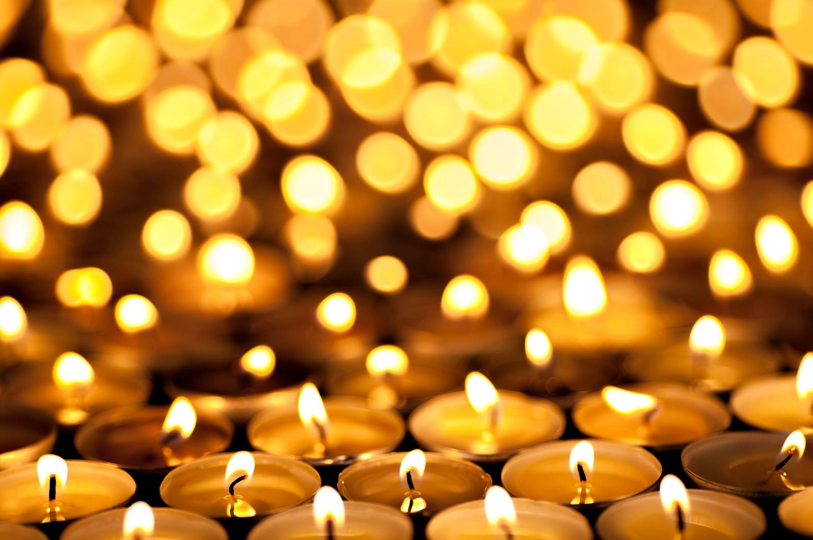 В Германия празникът се нарича Erntedankfest и се превежда като Празник за благодарност по жътва или Празник за благодарност за реколтата. Отбелязва се на различни дати из различните региони на Германия, въпреки че официалната препоръка на Германската католическа църква от 1972 г. е това да се случва през първата неделя на октомври.<br /> Той се празнува повече от религиозните общества и хората, занимаващи се със земеделие, и представлява по-скоро църковна служба, отколкото празненство в американския му смисъл. На него се дарява храна на бедните и се организират шествия със свещи.