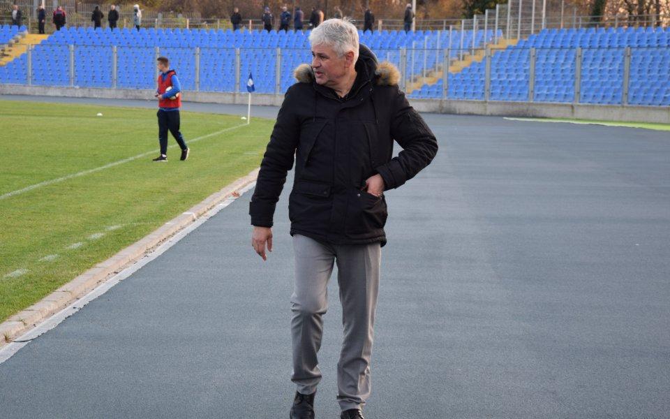 Стойчо Стоев след успеха над Ботев Гълъбово: Във Втора лига се играе трудно