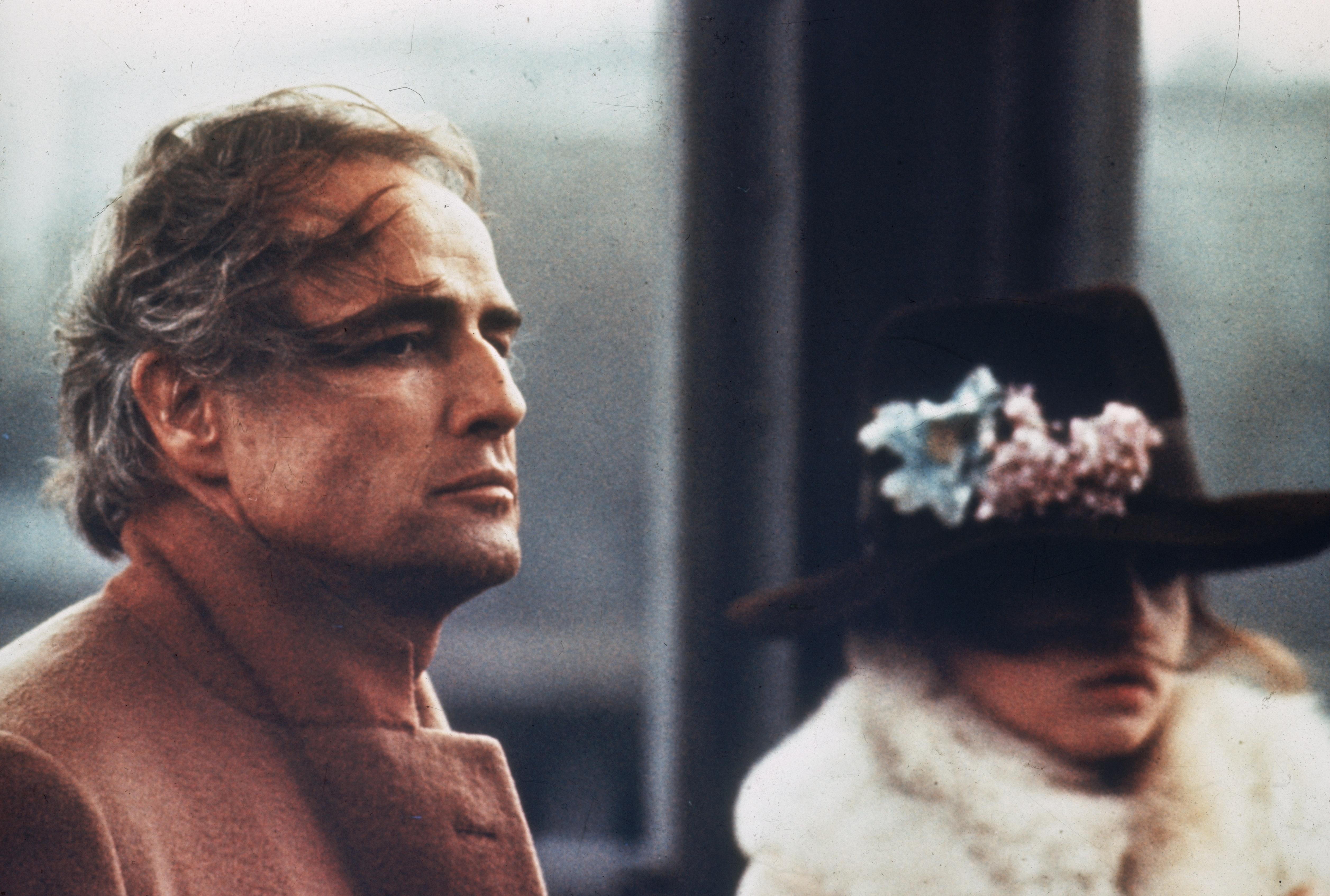 """""""Последно танго в Париж""""е шестият игрален филм на италианския режисьорБернардо Бертолучиот1972година, с участието наМарлон БрандоиМария Шнайдер. Филмът разказва за един американец и една млада французойка, които се срещат в един парижки апартамент за разговор и секс."""