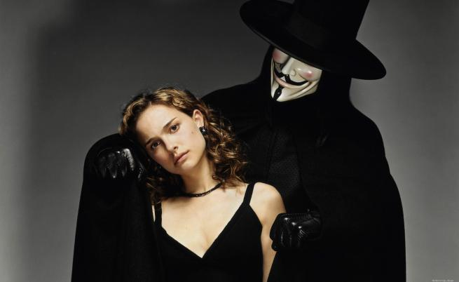 "Хюго Уивинг в ""V for Vendetta"""
