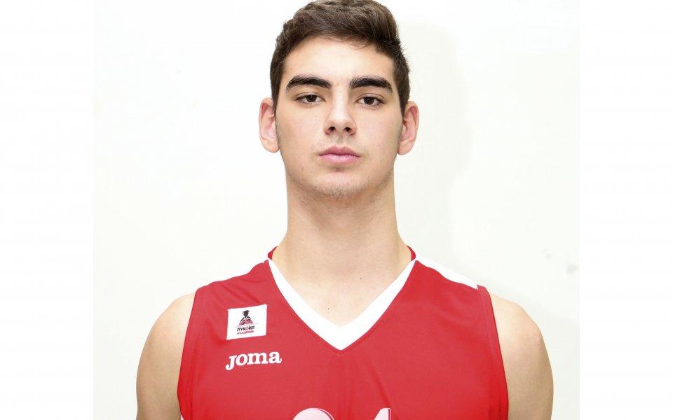 Гръцки тим с интерес към роден баскетболен талант