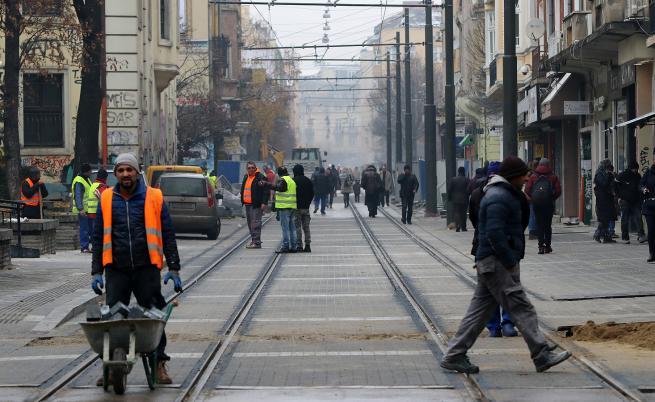 Тръгнаха трамваите по столичния