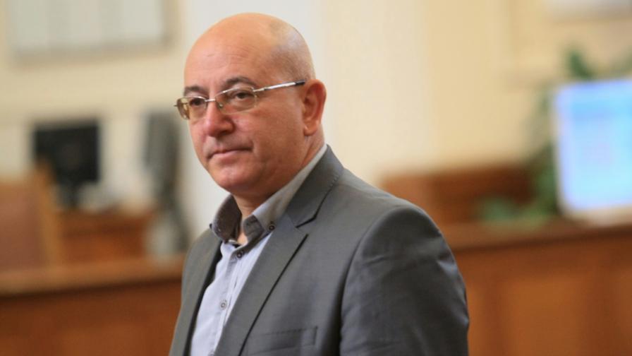 Емил Димитров - Ревизоро