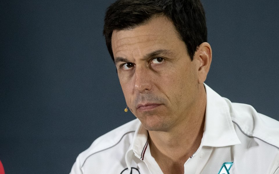 Директорът на отбора на Мерцедес Тото Волф изрази съжалението си