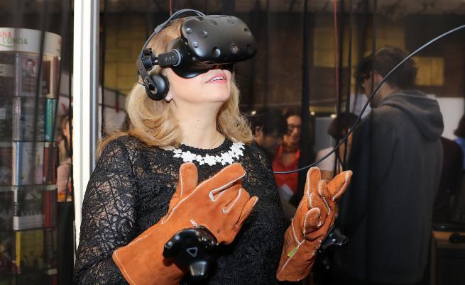Илияна Йотова се потопи във виртуалната реалност