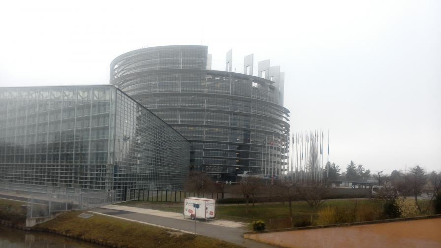 ЕП: Достъпът до жилище да бъде основно право в ЕС