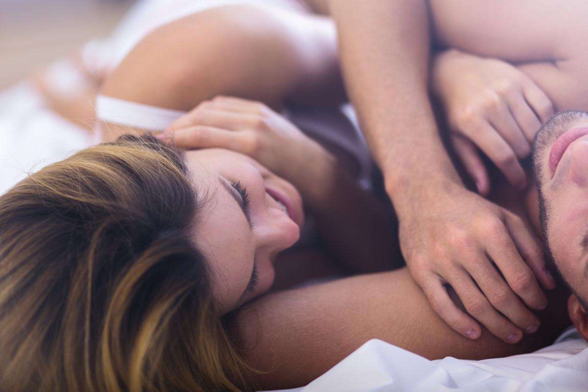 """Мъжете могат да започнат да изпитват """"пост оргазмен синдром"""". При него те започват да имат симптоми, подобни на настинка. Колкото и да е странно, те са характерни за мъже, котио са изключително неуверени."""