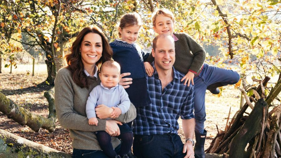 Как кралското семейство посреща Коледа