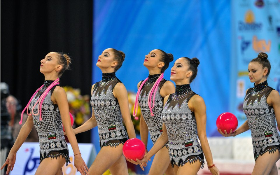 Гимнастичките с официално контролно идната седмица