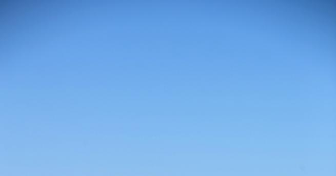 България Жега и ясно небе без валежи, какви градуси ни