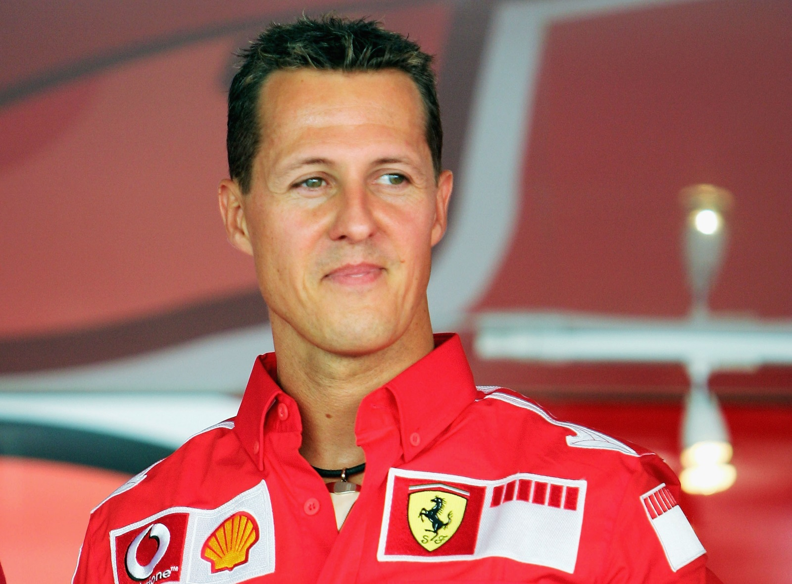 """4. Първата снимка на Шумахер с """"Ферари"""" е през 1996 г.Тази година Шумахер печели сензационно 3 състезания и 4 четири полпозишъна, което допринася много за мотивацията на тима."""