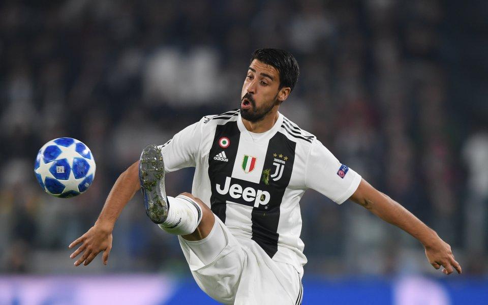Полузащитникът Сами Кедира заяви, че няма да напуска Ювентус. През