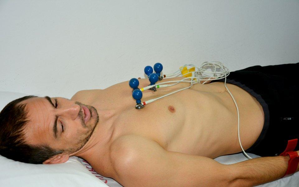 Футболистите на Черно море започнаха медицински прегледи