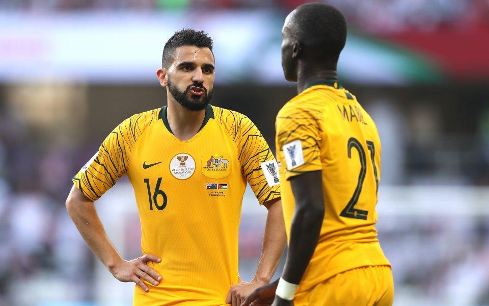 Австралия започна със загуба защитата на титлата в Купата на Азия