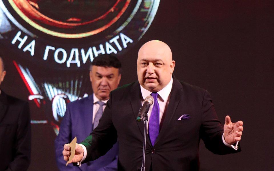 Министърът на младежта и спорта - Красен Кралев призова с