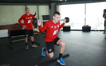 Ограниченията във фитнесите падат