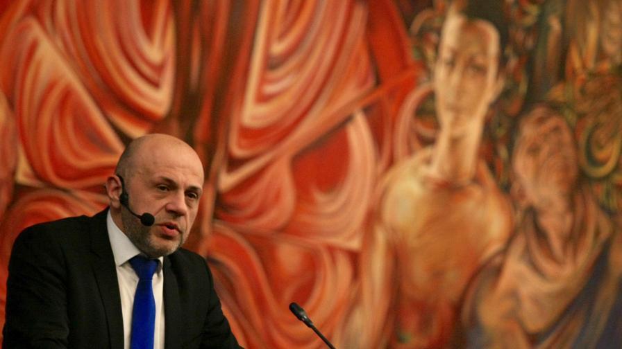 <p>Дончев: Ясно е определено кое е <strong>държавна помощ&nbsp;</strong></p>