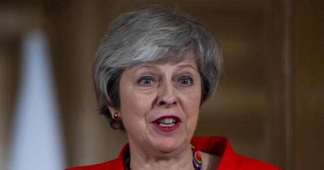 Свят Тереза Мей: Последен шанс за Брекзит и нов референдум