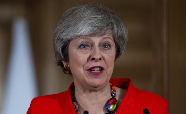 Бунт срещу Мей, Брекзит се отлага - един от вариантите