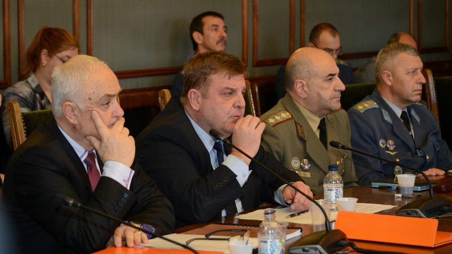 <p>Комисията по отбрана подкрепя НС&nbsp;за преговори за F-16&nbsp;&nbsp;</p>