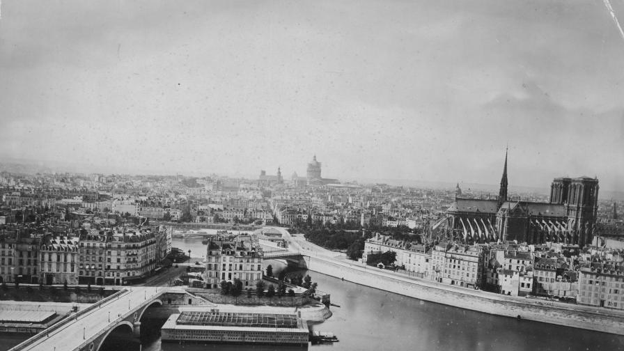 Красиви снимки на Париж преди Айфеловата кула