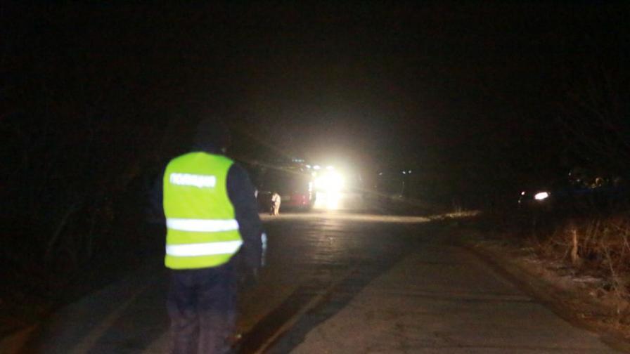Тежка катастрофа затвори пътя Сопот-Карлово