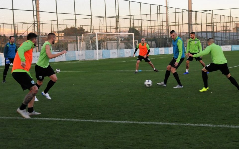Берое вече тренира усилено в турския курортен град Белек