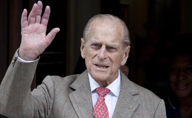 Съпругът на кралица Елизабет II катастрофира